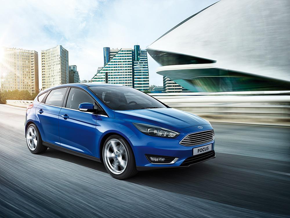 aam17-Ford-Focus,-l'high-tech-è-servito