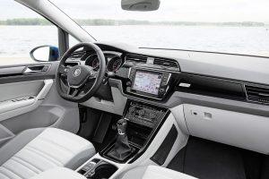 Volkswagen Touran tanto spazio comodo e sicuro 01