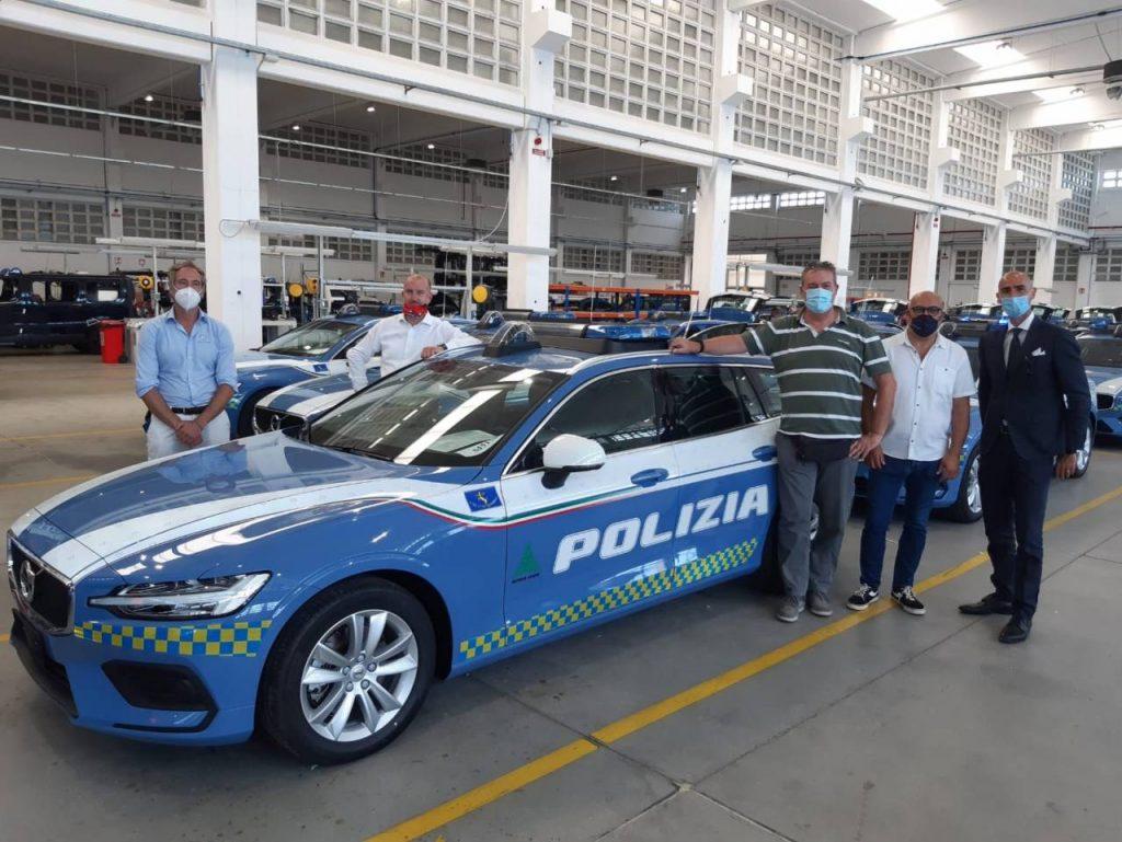 Program consegna 25 Volvo V60 allestite per la Polizia